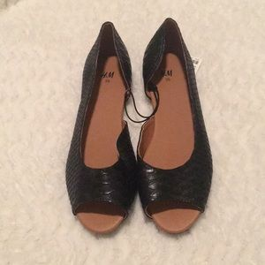 peep toe flats size36